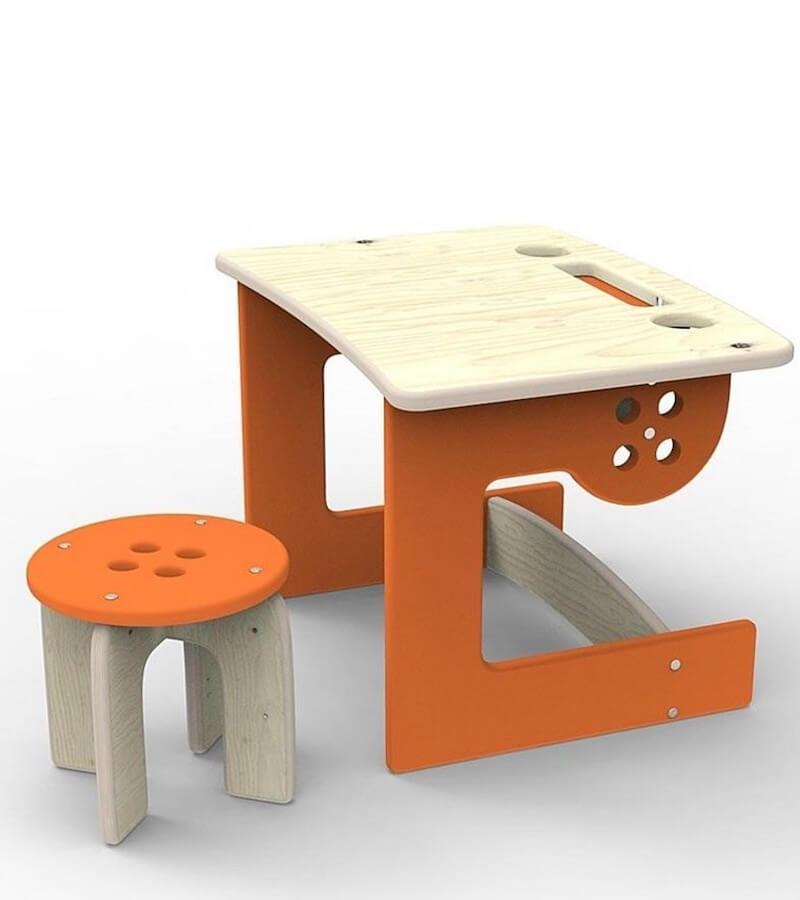 stolik ze stoleczkiem Guzik Planeco