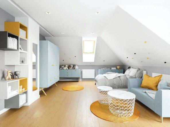 Biało niebiesko żółty poddaszowy pokój dla dziewczynki z dużą szafą komodami łóżkiem i sofą oraz kolorowymi półkami i ścianami ozdobionymi dekoracyjnymi gałkami