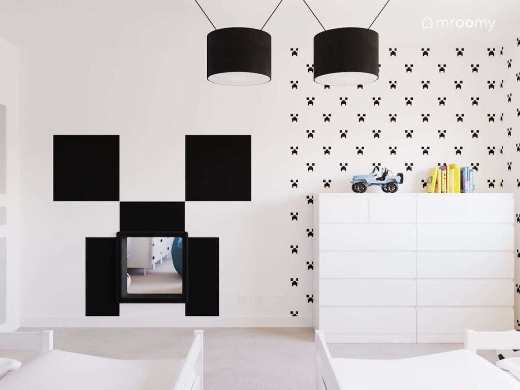 Tajne przejście z sypialni do bawialni w pokoju dwóch chłopców ozdobionym motywami z Minecrafta