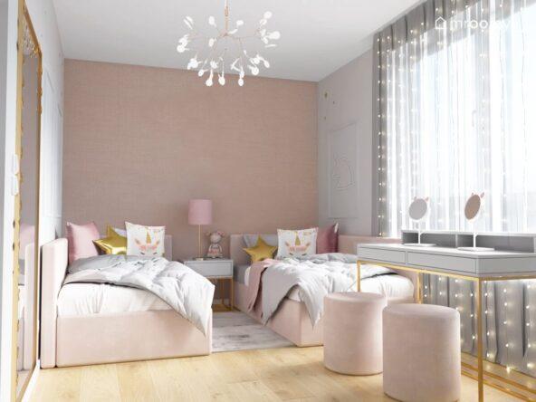 Biało różowy pokój dla dwóch dziewczynek z różowymi łóżkami z dużą liczbą poduszek szarymi biurkami z lusterkami w kocimi uszkami oraz jasnymi siedziskami